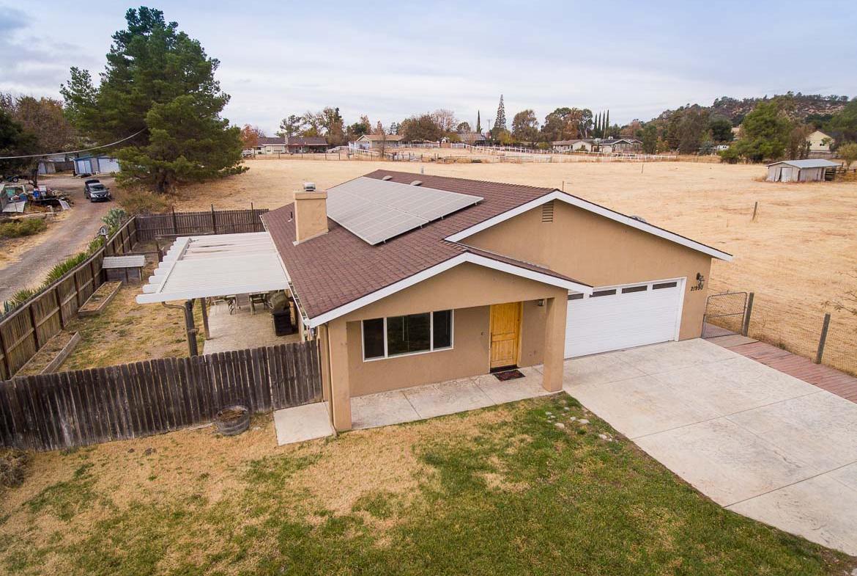 21990 J Street Santa Margarita, CA 93453