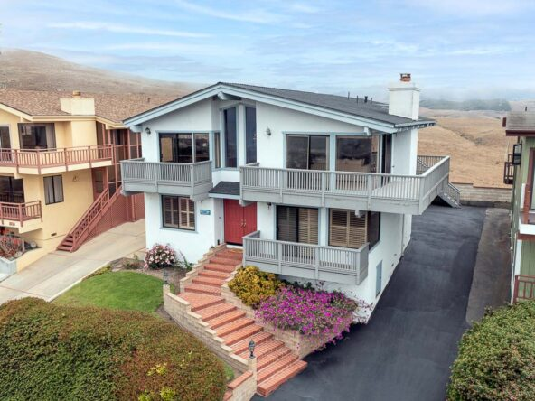 2640 Nutmeg Ave. Morro Bay, CA 93442